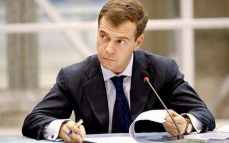 Михаил Делягин: «Нежелание Медведева бороться с офшорами вполне объяснимо»