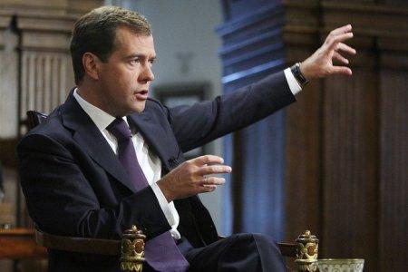 Экономика от Медведева: постановка задач не есть их решение